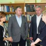 Депутаты-единороссы поддержали акцию «Дарите книги с любовью!»