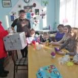 Алтайские партийцы помогли детскому центру творчества приобрести необходимую технику