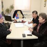 Луховицкий координатор партпроекта «Школа грамотного потребителя» провел прием старших по домам