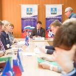 Владимир Слепцов провёл приём жителей в общественной приёмной партии «Единая Россия»