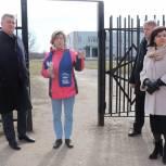 Павловопосадские партийцы проинспектировали территории вблизи образовательных учреждений