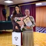 Ольга Швецова поблагодарила педагога за профессионализм