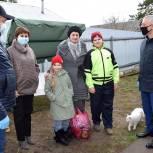 Волонтеры Клепиковского района помогают многодетным семьям