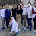 Домодедовские молодогвардейцы помыли окна в детском областном хосписе