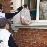 Волонтеры продолжают ежедневно помогать луховичанам в условиях распространения коронавируса