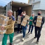 Депутат Мособлдумы развёз медикам Подмосковья спортивное питание