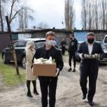 Депутат продолжает помогать нуждающимся с доставкой продуктов питания