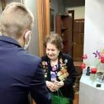 Янклович поздравил ветеранов с наступающим Днем Победы