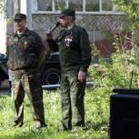 Депутаты Оренбургского городского Совета организовали парады у домов ветеранов