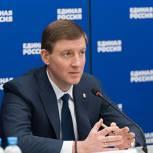 «Единая Россия» внесла в Госдуму поправки о повышении пособия по уходу за ребенком в два раза