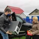 Октябрьский район: Алексей Савичев продолжает Помогать Учиться Дома