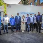 Медработники Красковского стационара №3 получили питьевую воду от черноголовской компании