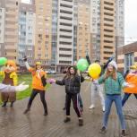Партийцы поздравили детей Большого Подольска