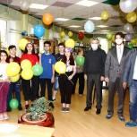Мытищинский партийные активисты поздравили детей с праздником