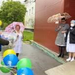 Григорий Артамонов поздравил юных жителей Чехова с Днём защиты детей