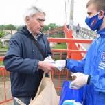 В Воскресенске в рамках акции #ЕРпомогает раздают маски