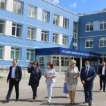 Наталья Кувшинова посетила объекты, строящиеся в Барнауле в рамках нацпроектов «Образование» и «Демография»
