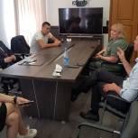 Александр Легков и Сергей Двойных провели встречу в Красноармейске