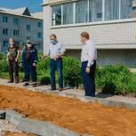 В Михайлове благоустраивают дворовую территорию