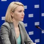 «Единая Россия» предлагает установить дополнительную единовременную выплату для учителей за работу на ЕГЭ