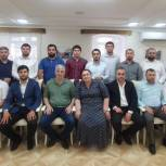 Хизри Абакаров наградил волонтеров благодарственными письмами
