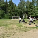 Партийцы Балашихи провели зарядку на открытом воздухе вместе с жителями микрорайона Ольгино