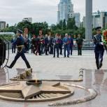Единороссы приняли участие в мероприятиях, посвященных Дню памяти и скорби