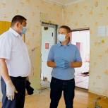 Аркадий Фомин проконтролировал ход работ по созданию в сельской школе «Точки роста»