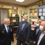 Партийцы Балашихи передали подарки для актива Совета ветеранов микрорайона Заря в честь 75-летия со Дня Победы