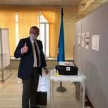 В Надыме открылись 27 участков для голосования