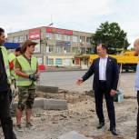 Игорь Мурог проконтролировал ход дорожных работ на Высоковольтной