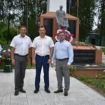 Александр Глазунов ознакомился с ходом работ по благоустройству поселка Елатьма