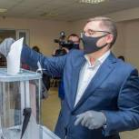 Владимир Якушев принял участие в голосовании по поправкам в Конституцию в Тюмени