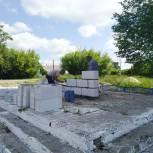 В селе Летники начался капитальный ремонт обелиска воинам-землякам