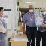 Депутат Госдумы Оксана Пушкина посетила избирательный участок в Краснознаменске