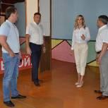 Александр Глазунов и Андрей Маликов помогут физкультурно-спортивному центру «Спектр»