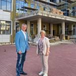 Дмитрий Дениско проверил готовность пристройки к зданию Кадетской школы в Люберцах