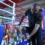 Химкинское отделение «Единой России» познакомило детей с легендами бокса