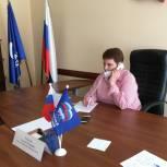 В местной приемной «Единой России» малообеспеченной семье помогут собрать ребенка к школе