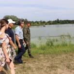 После обращения в соцсетях к секретарю павлопосадского отделения партии единороссы проверили безопасность купания
