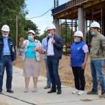В Можайском городском округе единороссы проконтролировали строительство школы на 275 мест