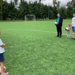 Одинцовские единороссы организовали тренировку по мини-футболу для детей из Барвихи