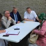 Михаил Макаров принял участие в работе приемной губернатора