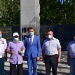Девятнадцати ветеранам Тюменского судостроительного завода вручили памятные медали