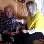 Рязанским ветеранам продолжают вручать юбилейные награды