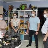 Сторонник «Единой России» организовал доставку продуктов на гуманитарный склад Тобольска