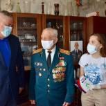 Тарас Ефимов передал телефон и безлимитную сим-карту фронтовику из Балашихи Ивану Кравченко