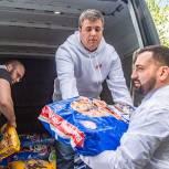 Подмосковные единороссы передали Одинцовскому приюту для животных почти тонну корма