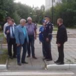 Депутаты «Единой России» проконтролировали безопасность подходов к школам Краснознаменска