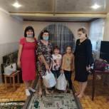 Депутат Валентина Груба побывала в семьях, где воспитывают детей-сирот